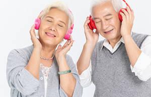 老年人应怎样保护听力?