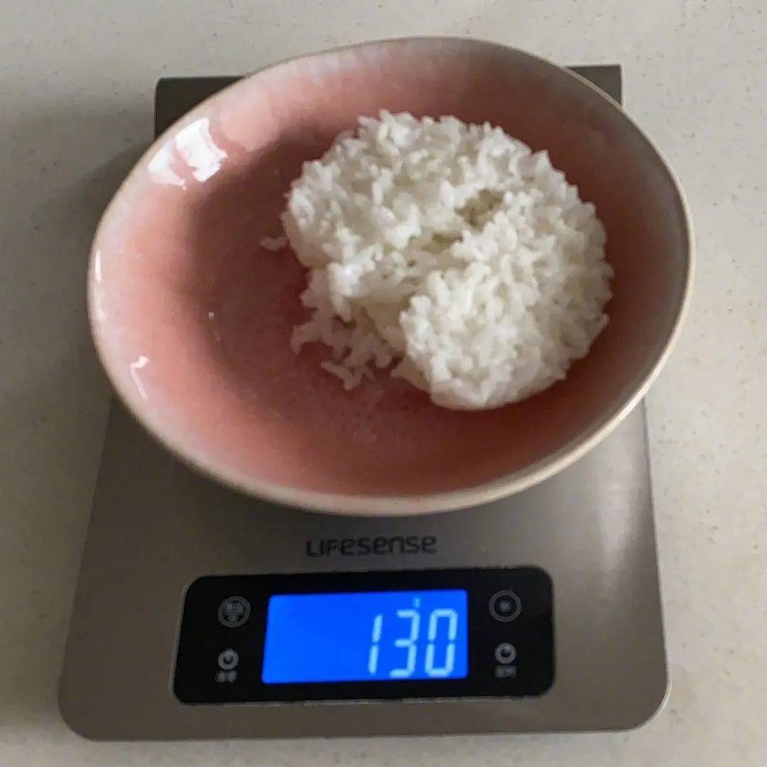 煮熟的米饭热量