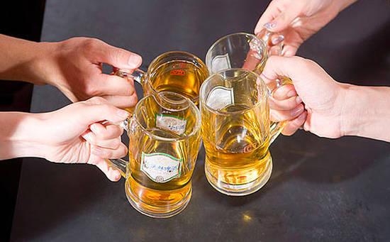 控制喝酒的量预防糖尿病
