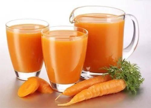 胡萝卜榨汁