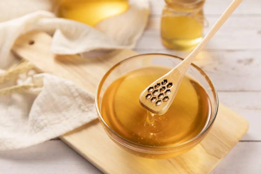 蜂蜜滋阴润肺