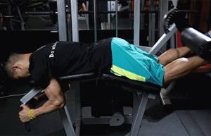 大腿后侧肌肉如何锻炼?