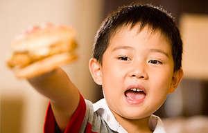 """为什么小孩汉堡吃多了易得""""汉堡病"""""""
