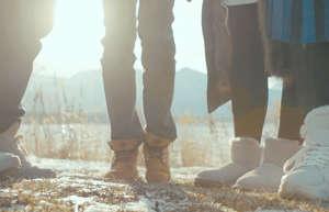 手脚冰凉的人该如何调养改善?