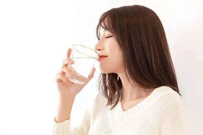 每天喝水量
