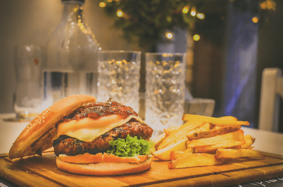 汉堡与薯条