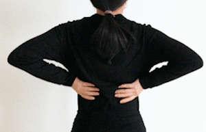 3个伤腰动作与3个护腰锻炼动作