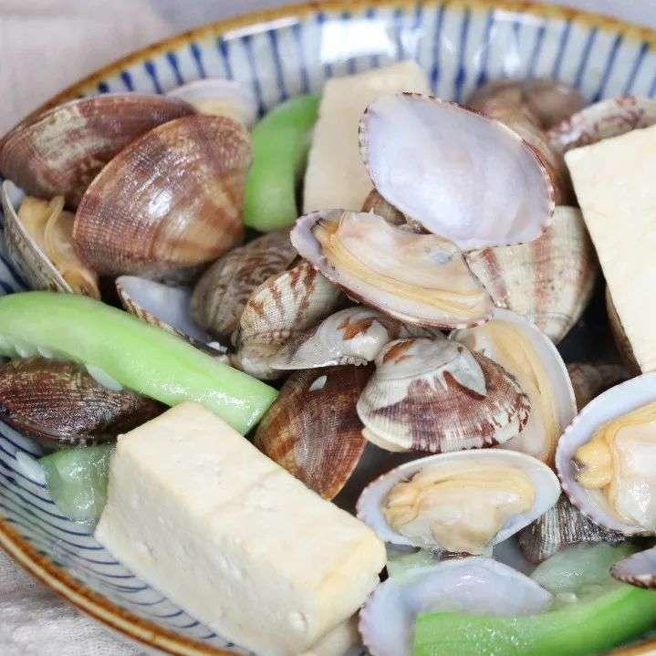 丝瓜蛤肉烧豆腐