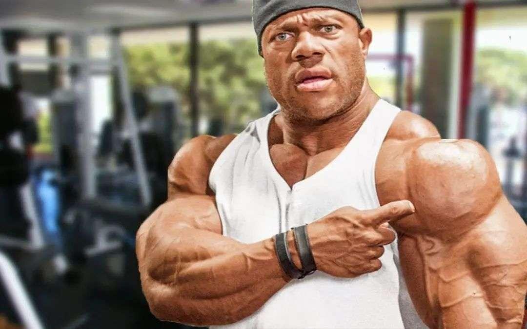 健身房肌肉男