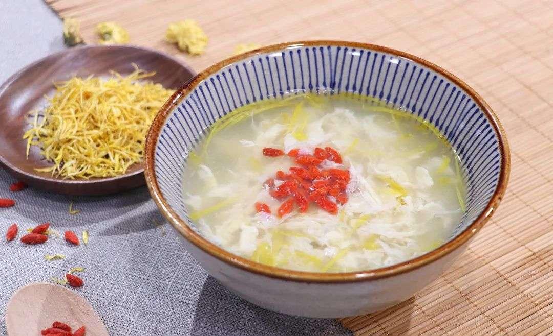 枸杞菊花蛋汤