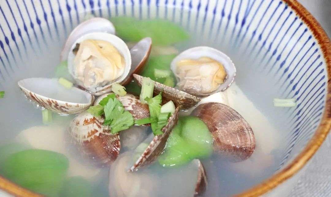 丝瓜蛤肉豆腐汤
