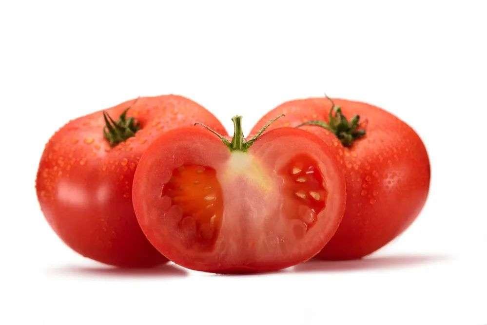 生吃西红柿