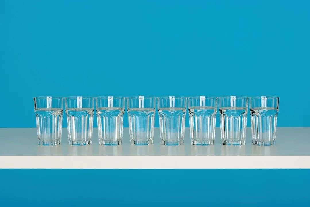 多喝水加快身体代谢速度