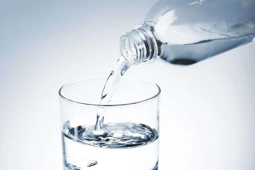 不要只喝白水