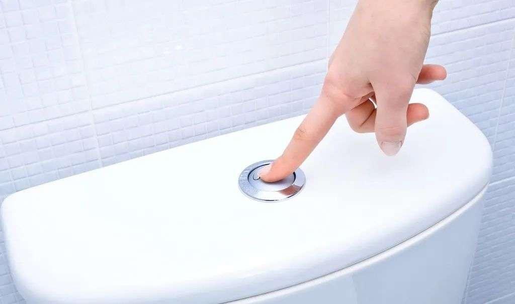 公厕水箱按钮