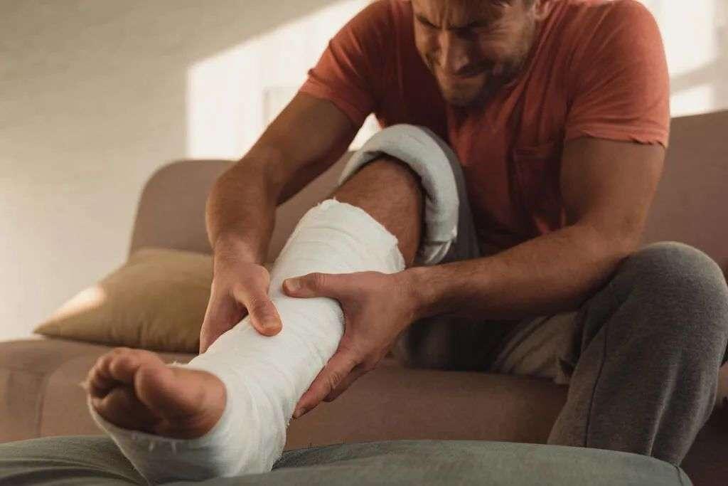 骨质疏松典型症状-骨折